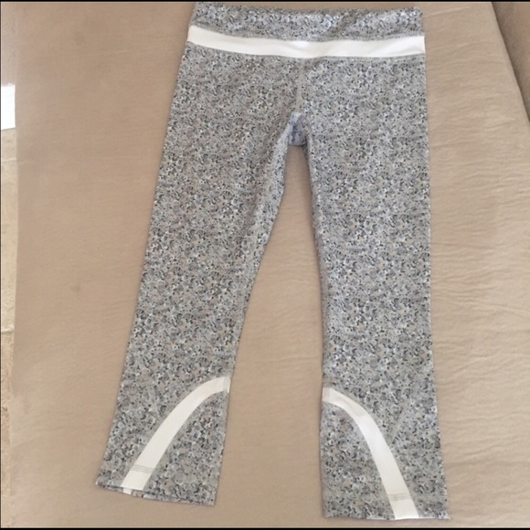 3808d64c8 lululemon athletica Pants - Lululemon crop leggings fleur petite silver  print